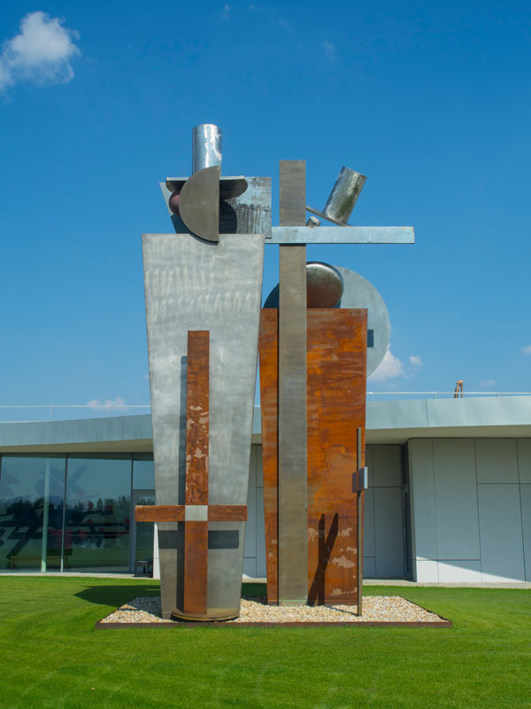 El Lissitzky (RU) – Victory over the Sun | 1923 – 2003 | aluminium and corten steel | 800 cm